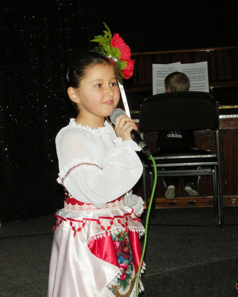 Юная певиц